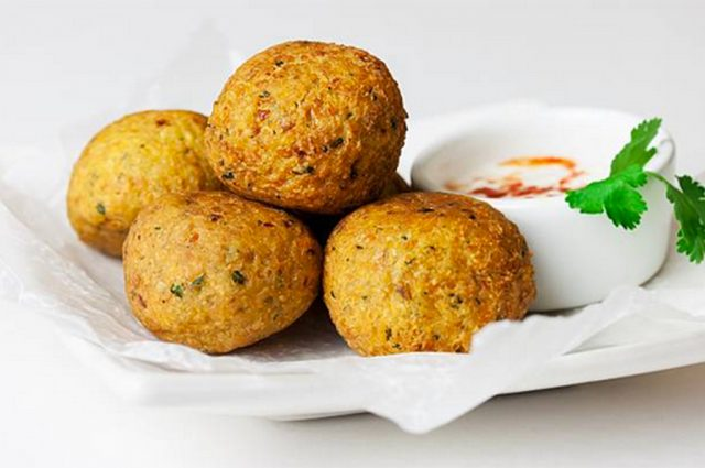 Chickpea Falafel with Cilantro Dip (Prepared)