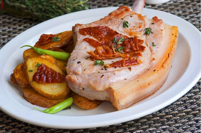 Pancetta-Wrapped Pork Roast with Roasted Potatoes (Prepared)